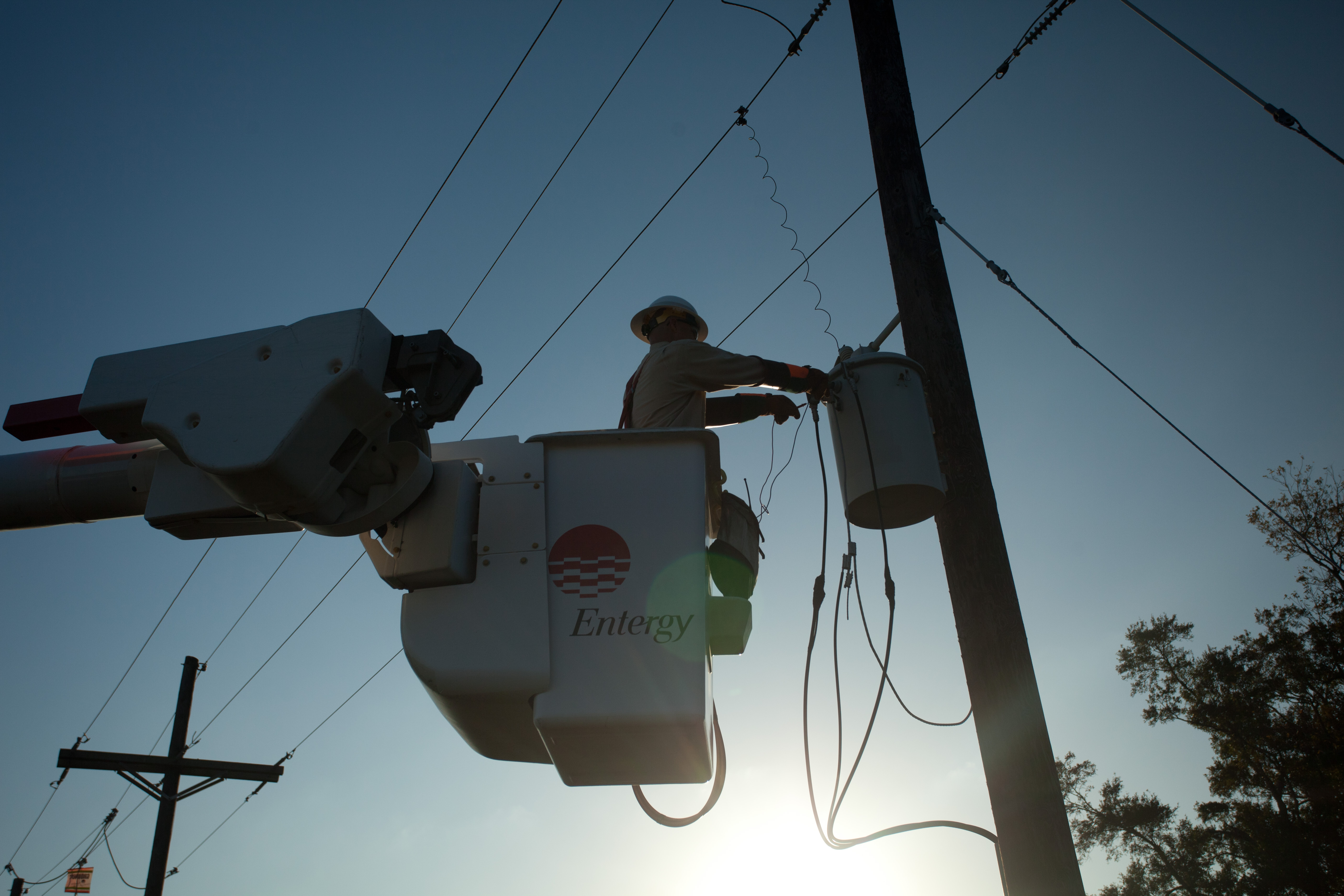 Entergy news room entergy new orleans ramps up reliability work the company is pouring some 10 million into the work around the city and has brought in 14 contract crews to help install the equipment as part of the aloadofball Gallery